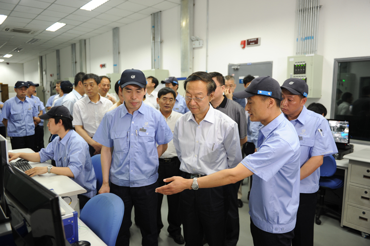 In June, 2010, Li Yizhong ,minister of National Ministry of Industry and Information Technology, and its party visit our company to inspect and  instruct the work